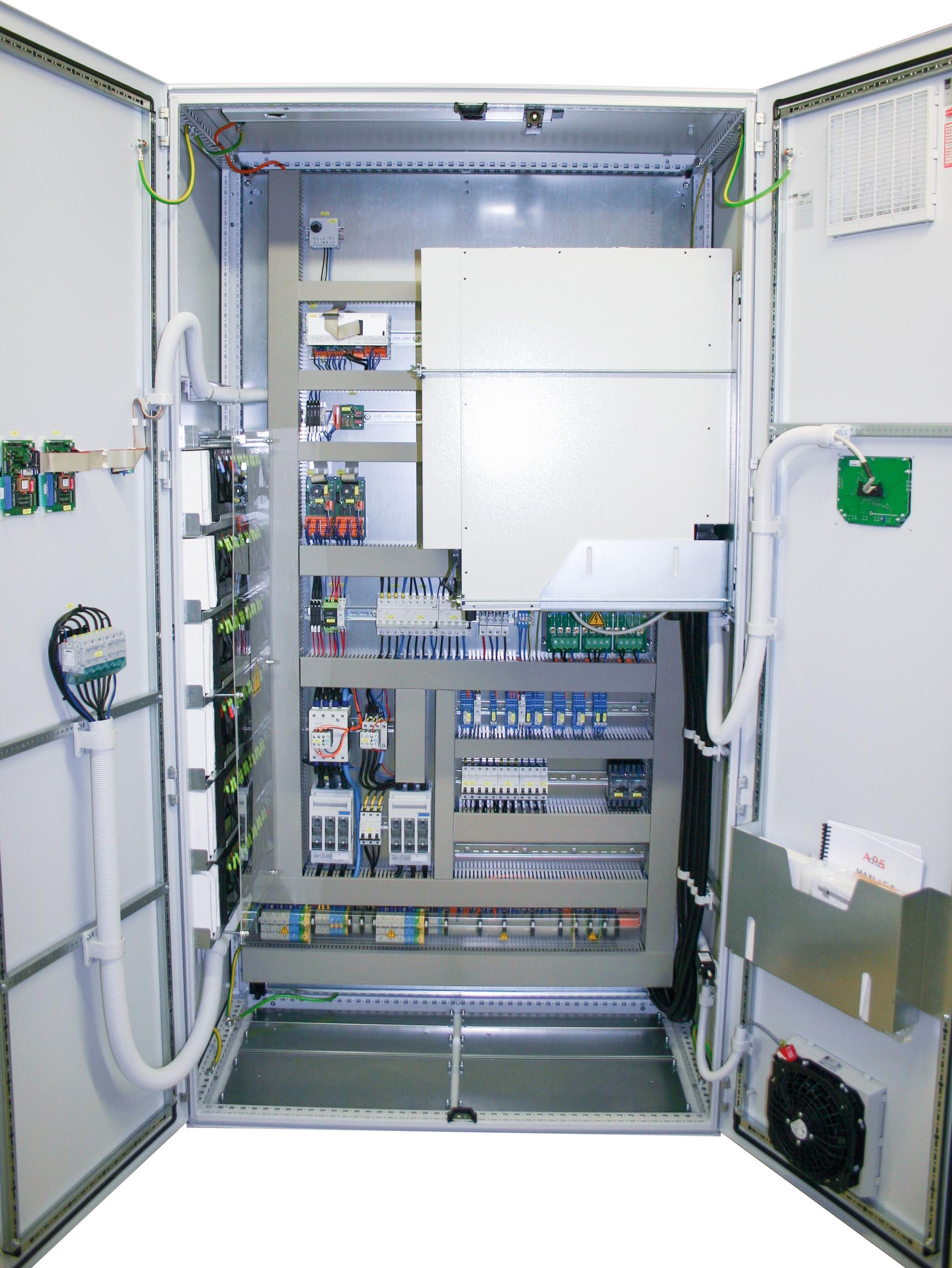Industrie USV 10 KVA Maxi J F H Pro in Rittalschrank offen