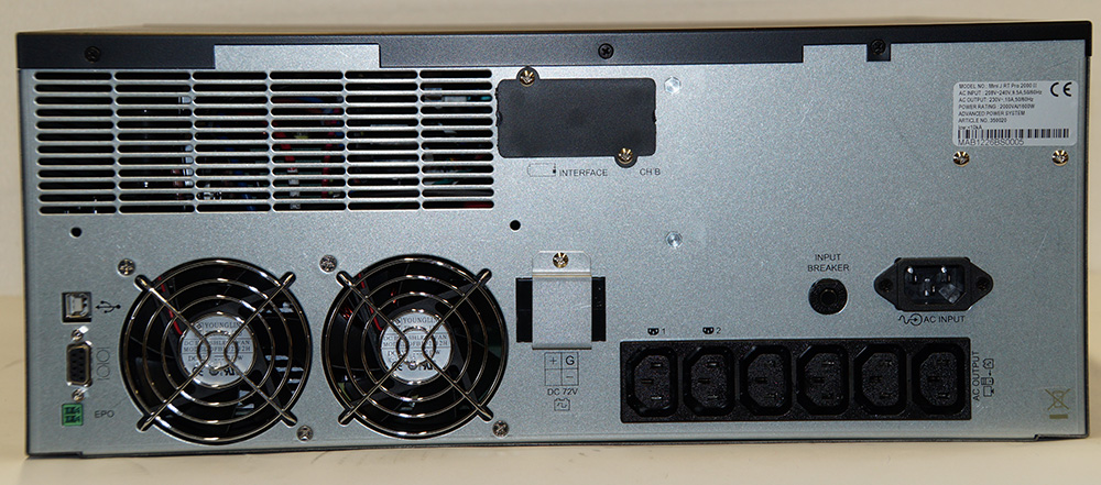 Steckplätze für USV Mini-J-RT-Pro-2000-II